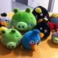 pigs-join-angry-birds-plush-toys